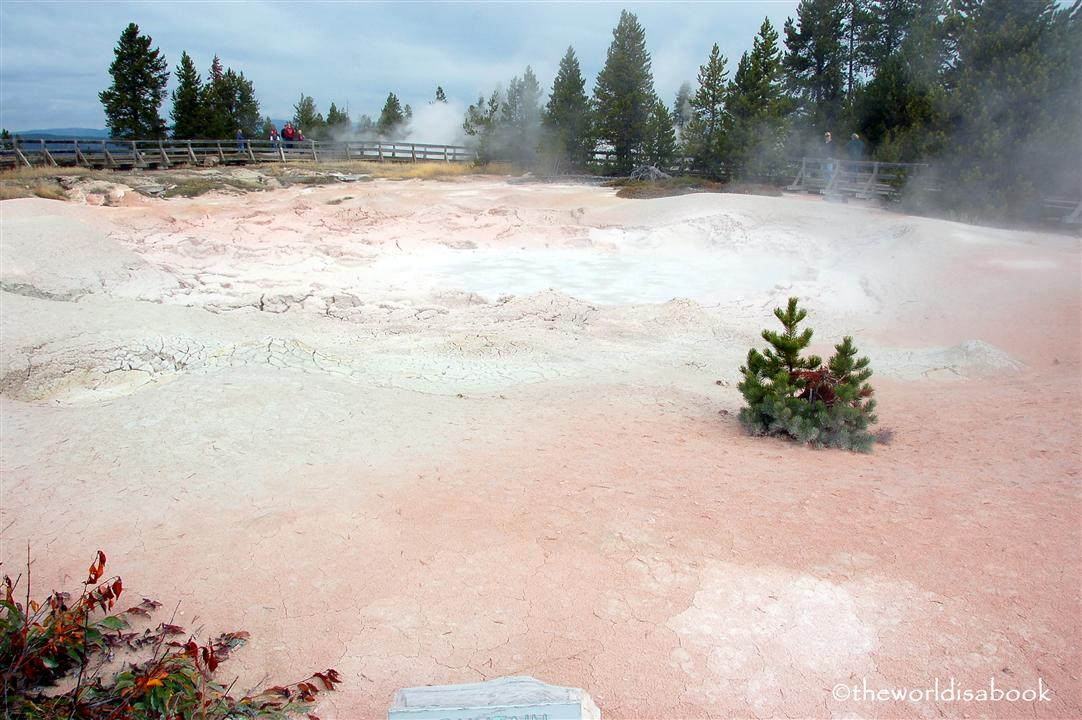 yellowstone fountain paint pot