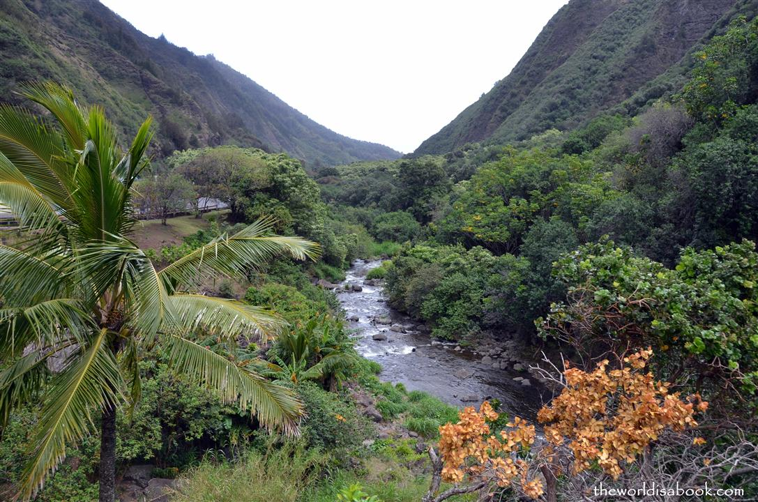 iao valley state park stream