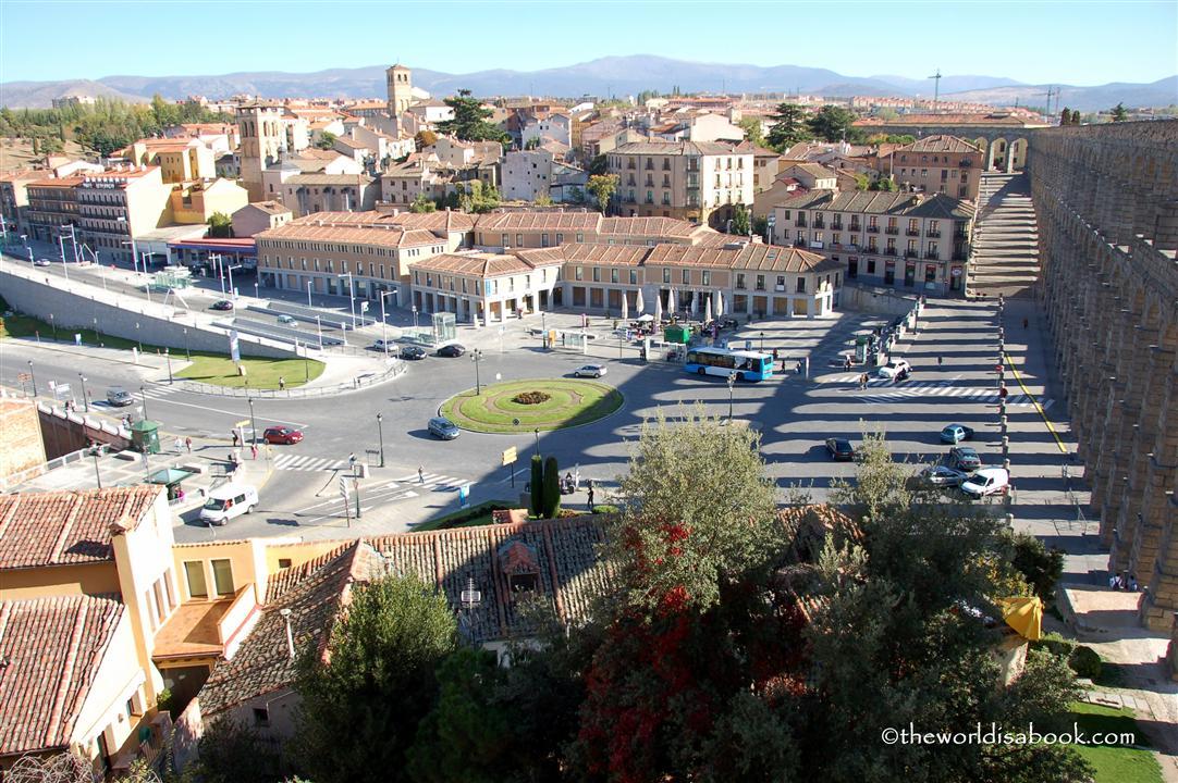 Segovia outside aqueduct