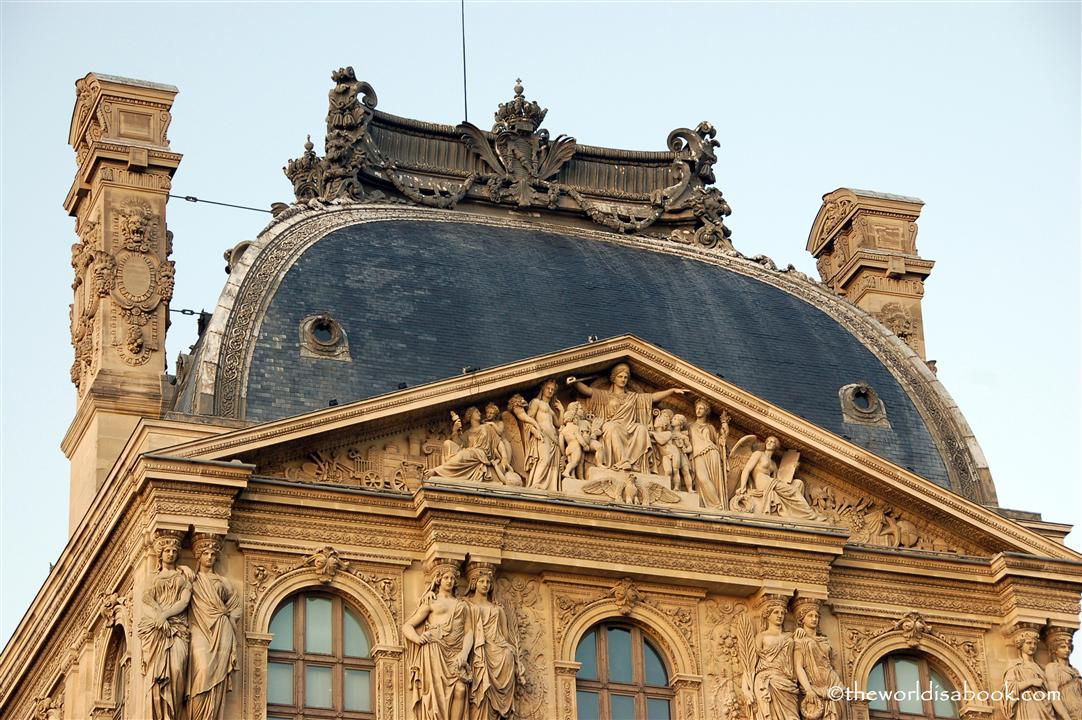 Louvre museum architecture