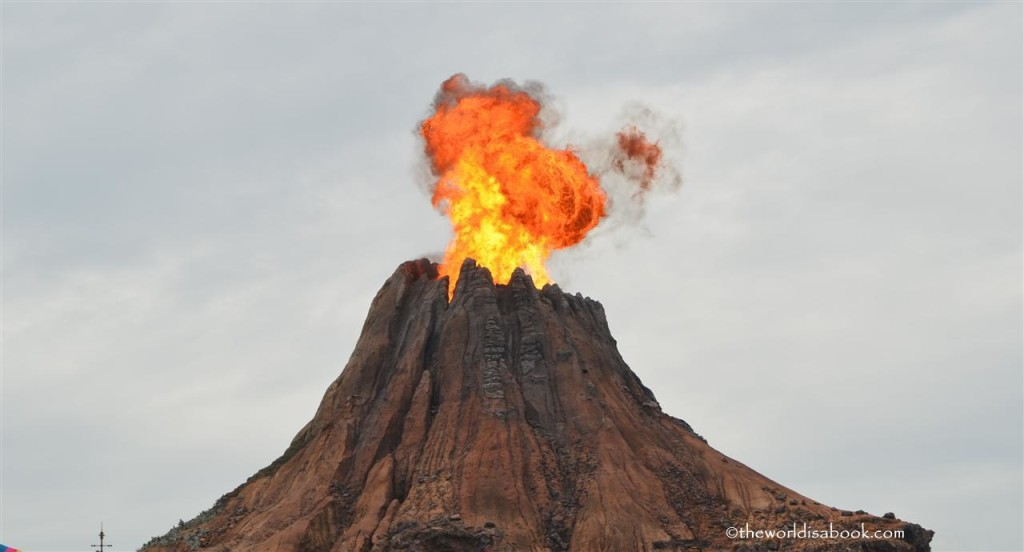 Dinsey Sea Mt Prometheus erupting
