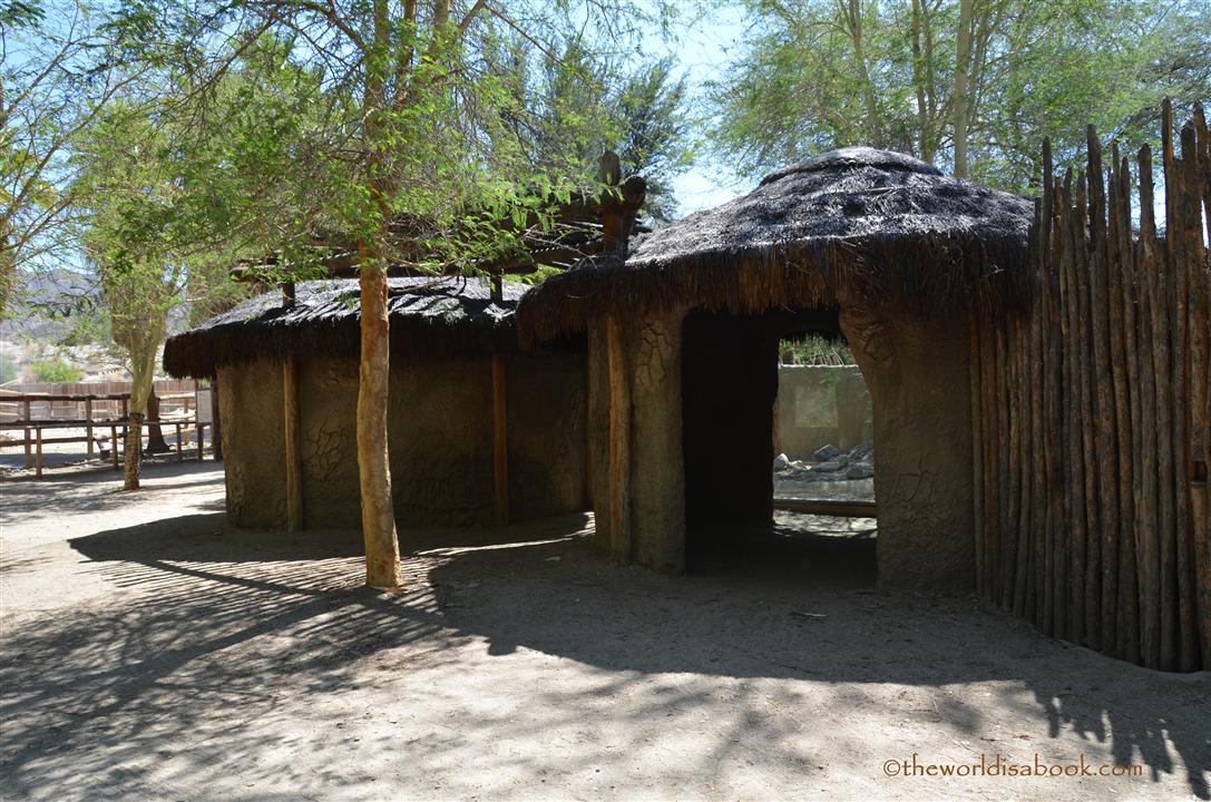 Village Watutu Living Desert