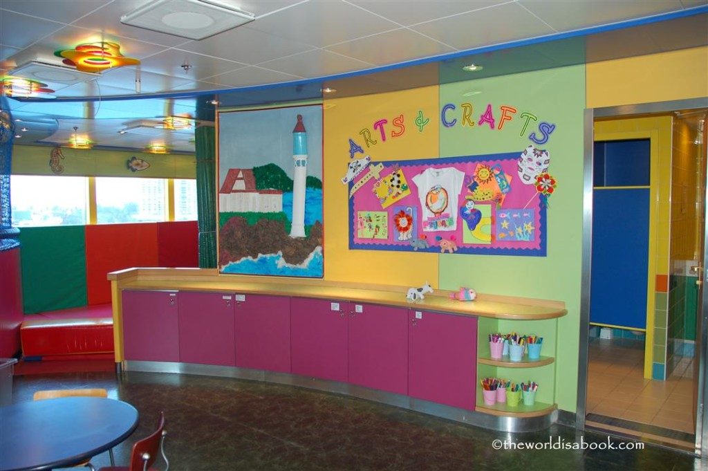 Caribbean Princess arts & crafts corner