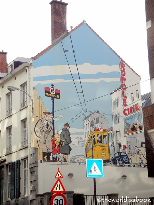Brussels cartoon mural
