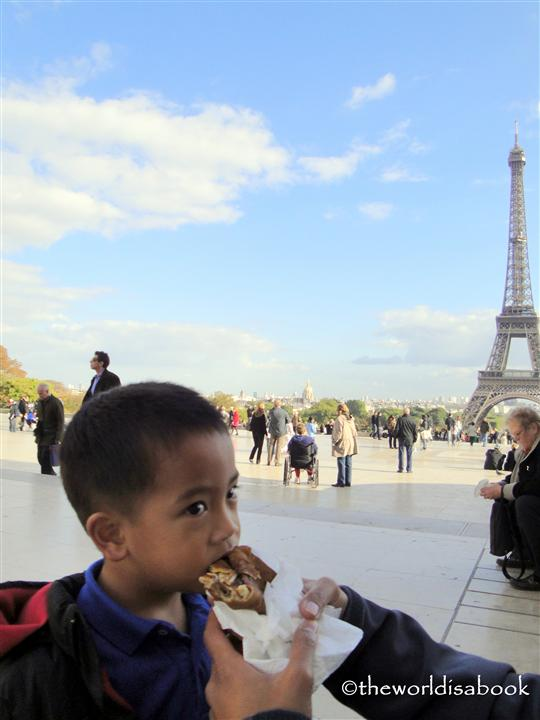 Eiffel Tower crepe