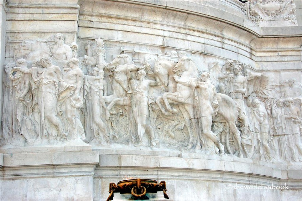 Vittoriano sculptures