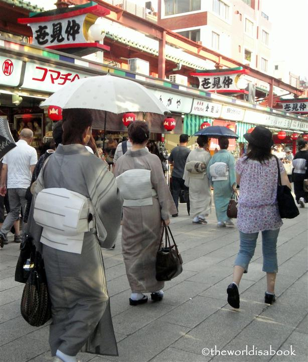 Asakusa ladies in kimono image picture