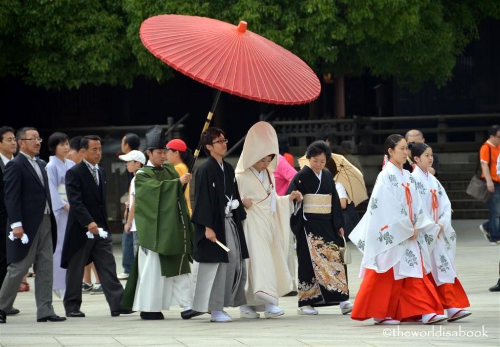 Tokyo wedding at Meiji Shrine image