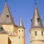 Wandering the Alcazar of Segovia with kids