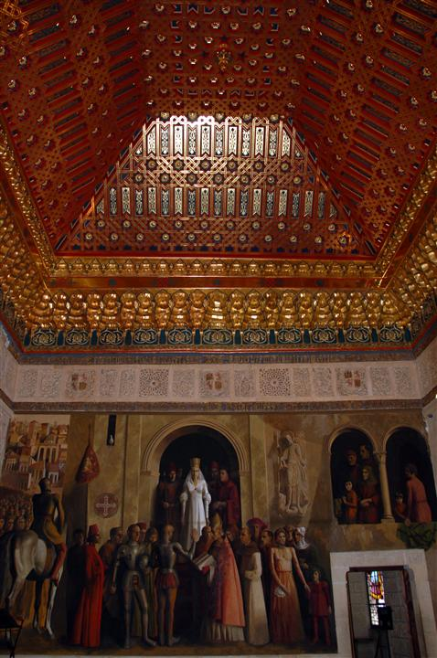 Alcazar of segovia throne room