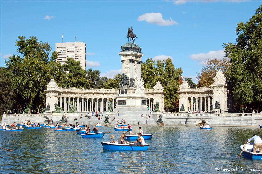 Madrid with kids: An afternoon at El Parque de Retiro