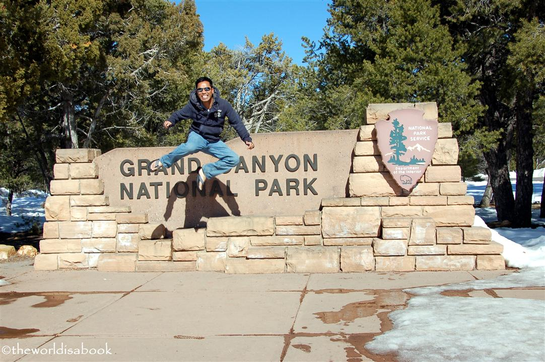 Grand canyon sign jump image