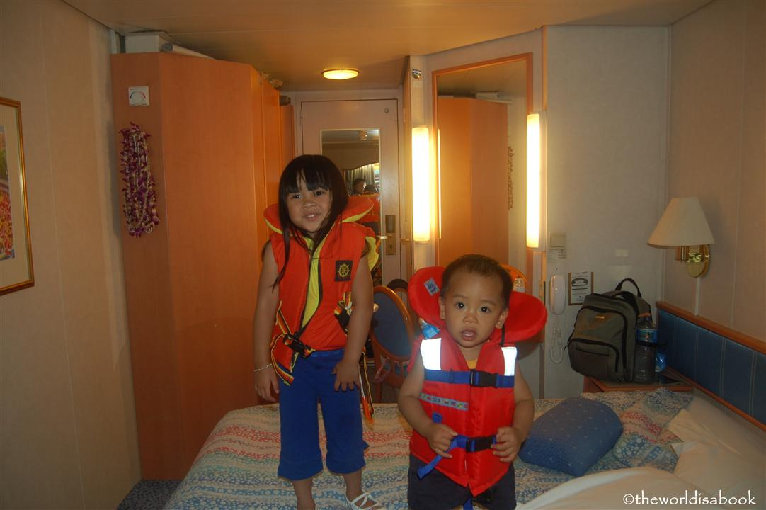 Cruising with toddlers lifeboats
