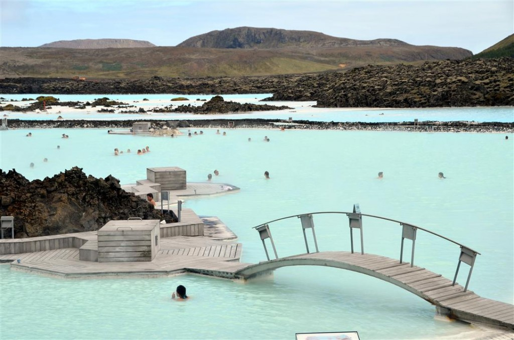 iceland Blue lagoon bridge