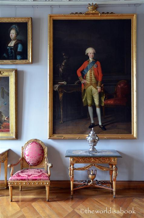 Frederiksborg slot castle chair