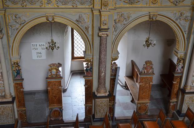 Frederiksborg slot church details