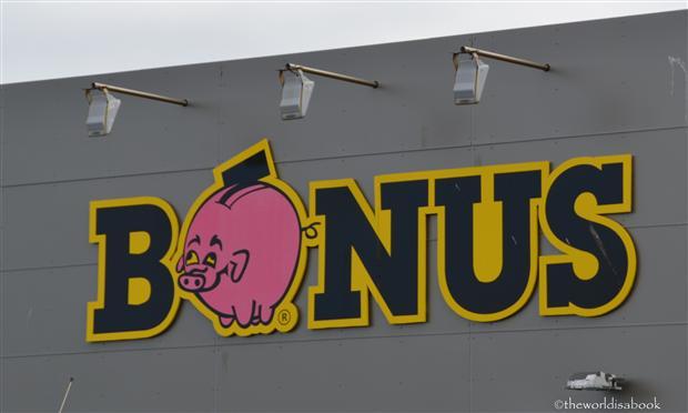Iceland Bonus market image