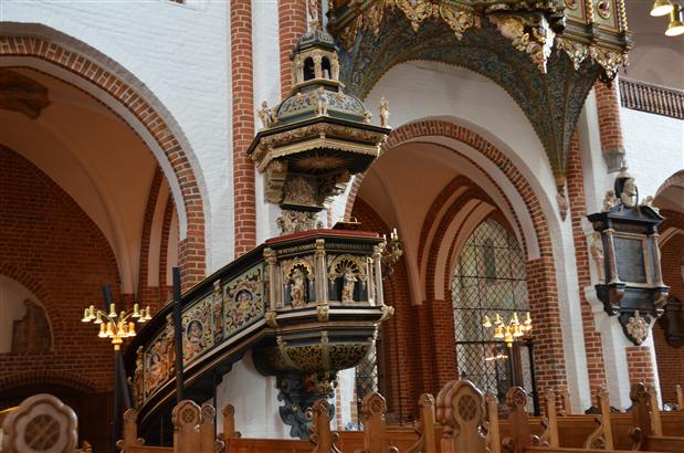 Roskilde cathedral pulpit