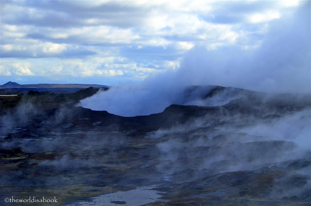 Iceland Gunnehvar Smoke