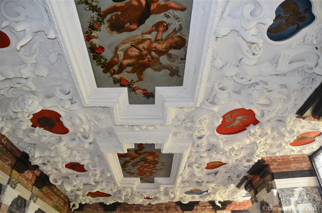 Rosenborg ceiling