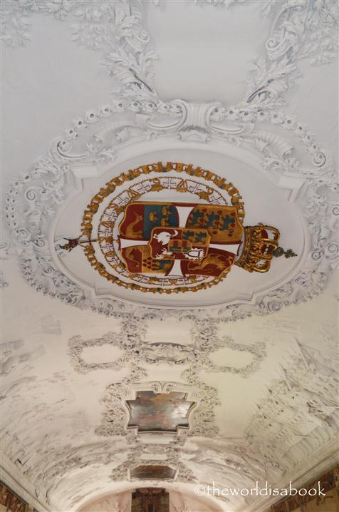 Rosenborg long hall ceiling