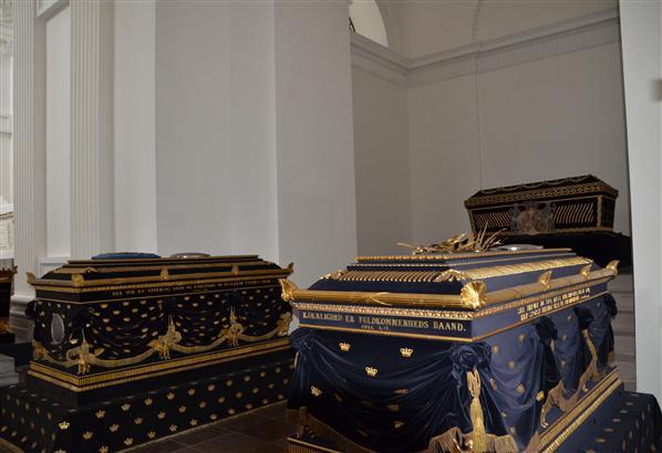 Roskilde Frederik chapel coffins