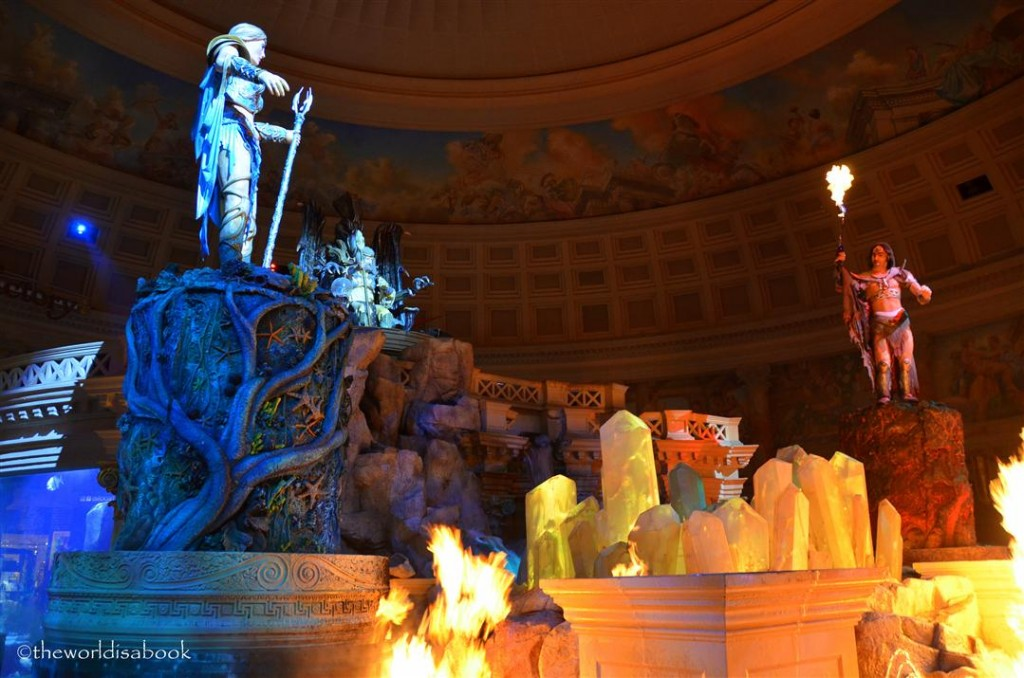 Caesar's Palace moving statues