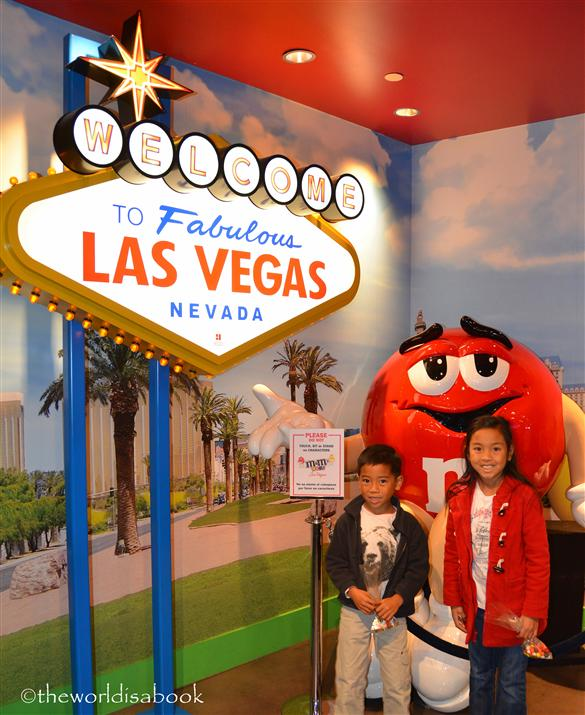 M&M Las Vegas sign