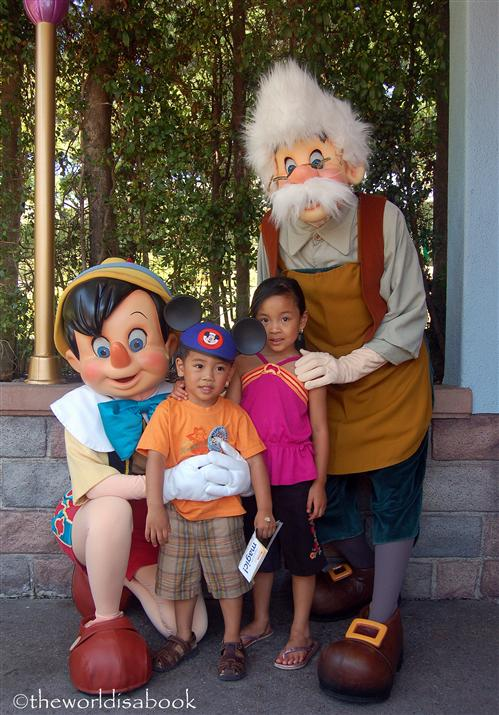 Disney Gepetto and Pinocchio