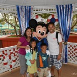 Disney Wordless Wednesday: Friends and Family