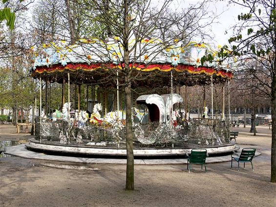Tuileries_Carrousel
