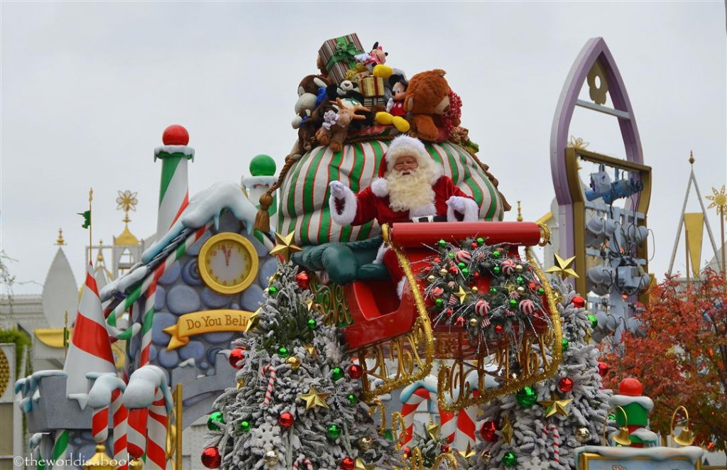 Disney Holiday Parade Santa Claus