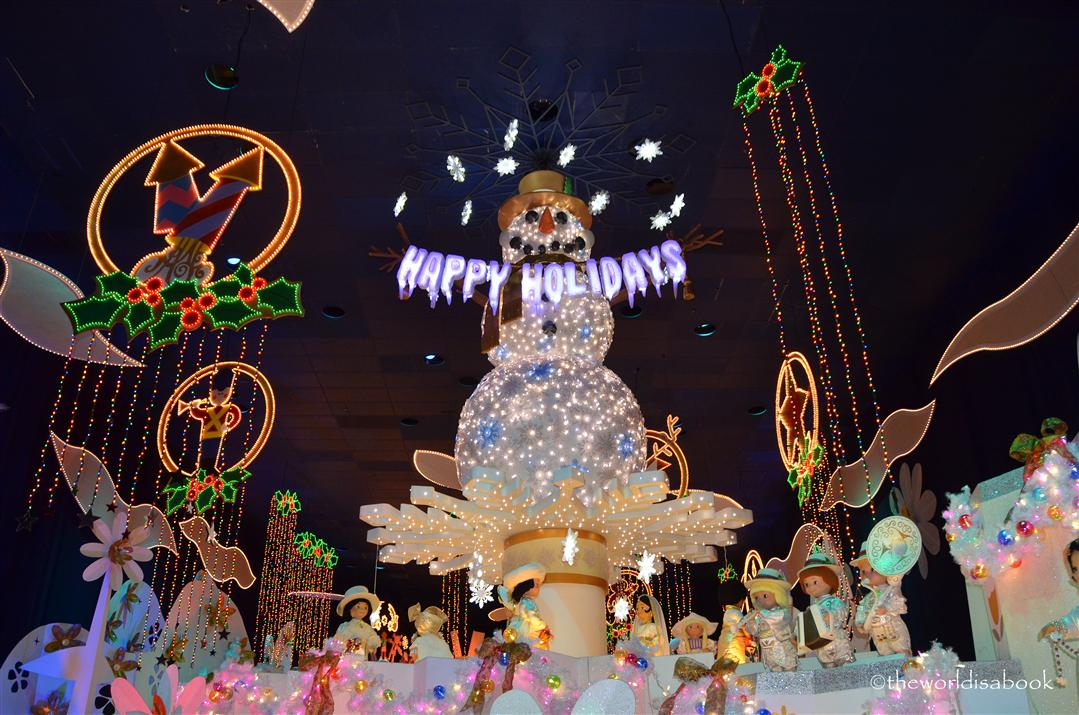 Disneyland Small World Snowman