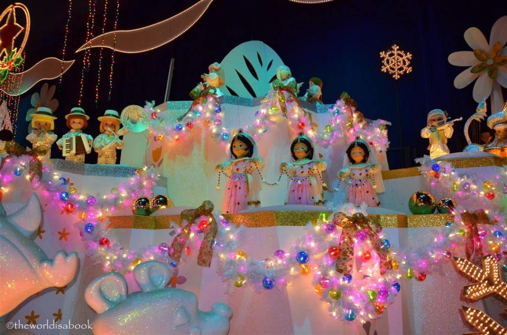 Disneyland Small World holiday