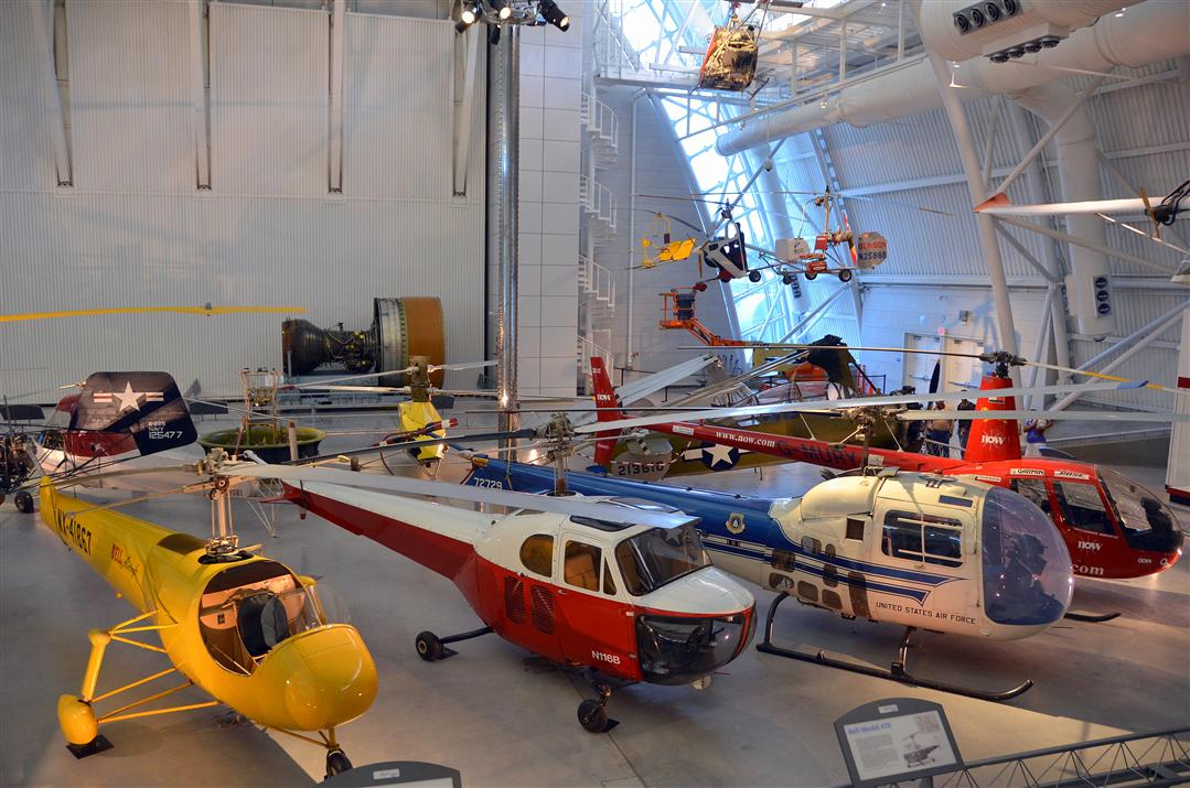 Udvar Hazy Center helicopters