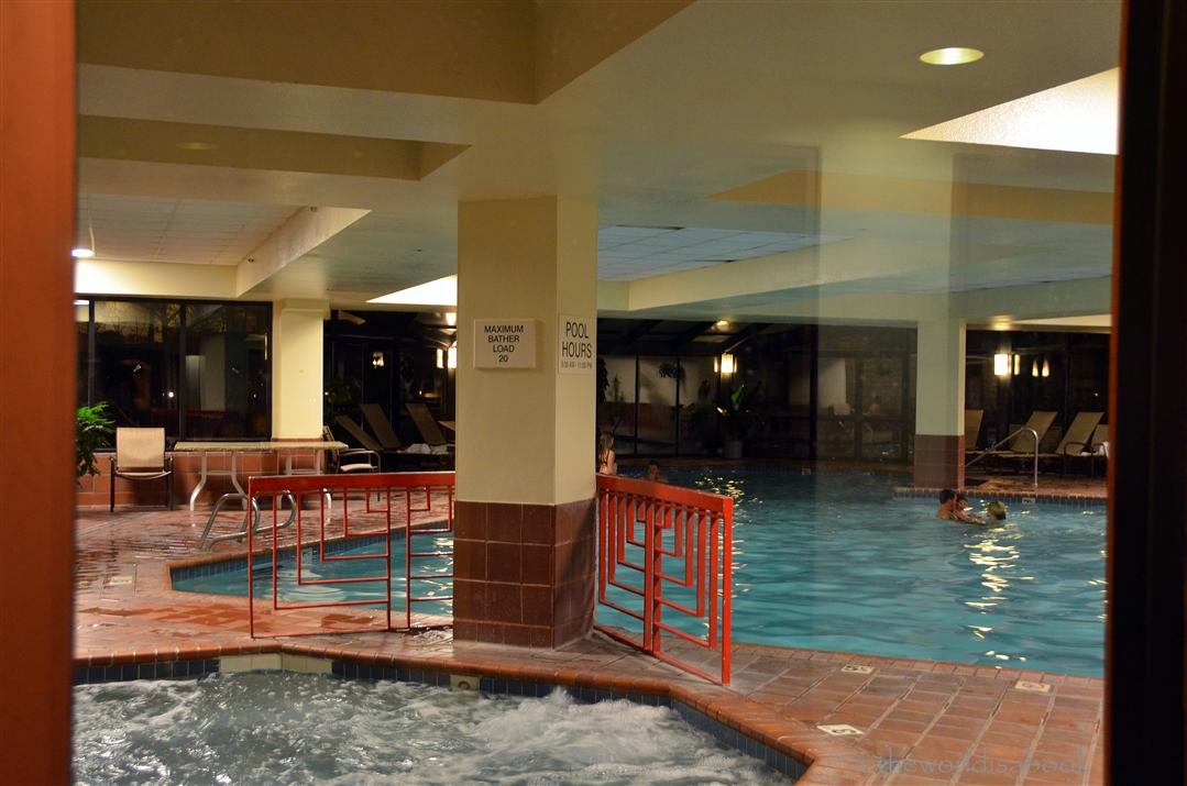 Doubletree Colorado Springs pool