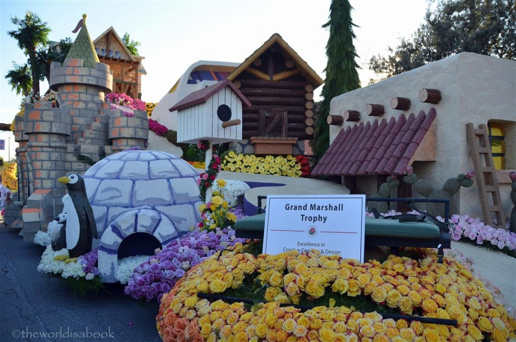 Rose Parade Float 2013 HGTV
