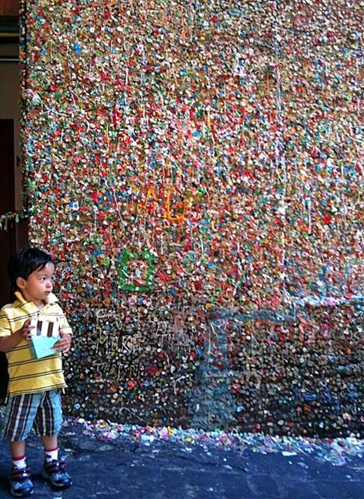Seattle gumwall