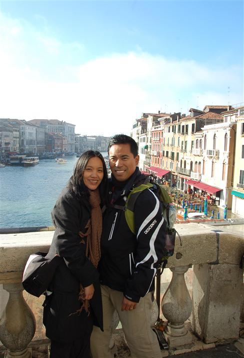Venice Rialto couple