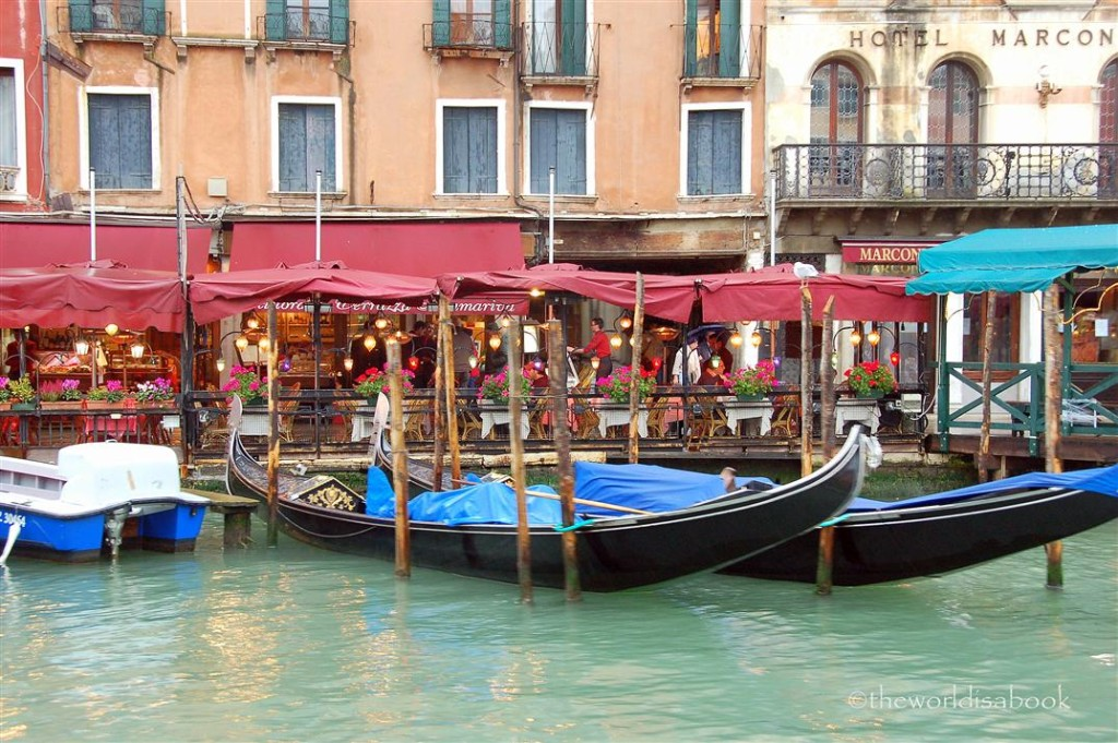 The Romantic Charm Of Venice The World Is A Book