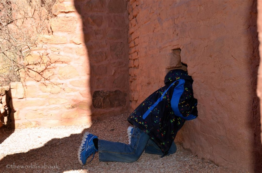 Manitou cliff dwellings crawl