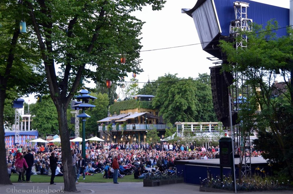 Tivoli Garden crowd