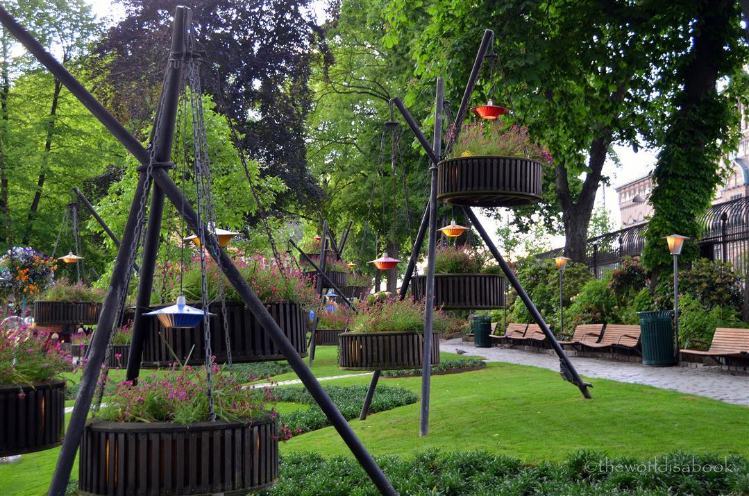 Tivoli hanging garden