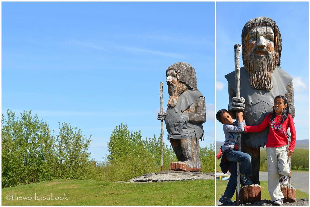 Iceland haukadalur statue