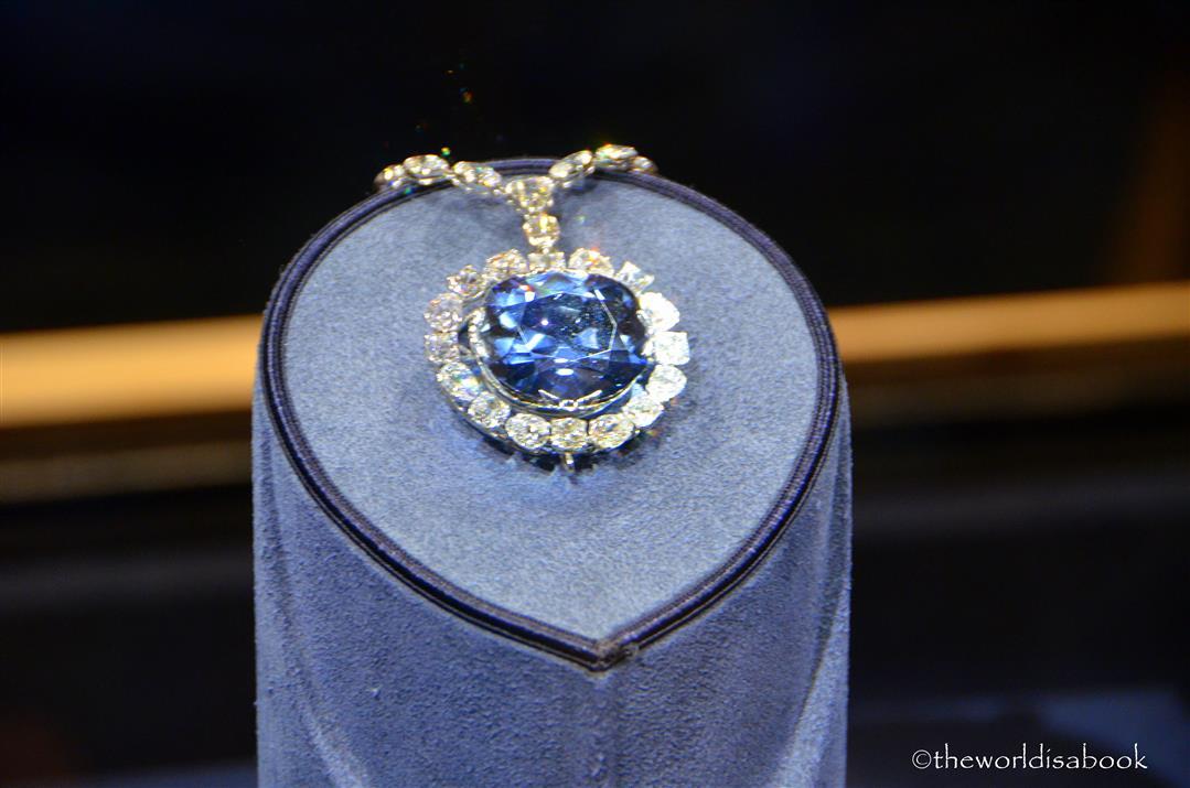 Titanic Heart of the Ocean Diamond