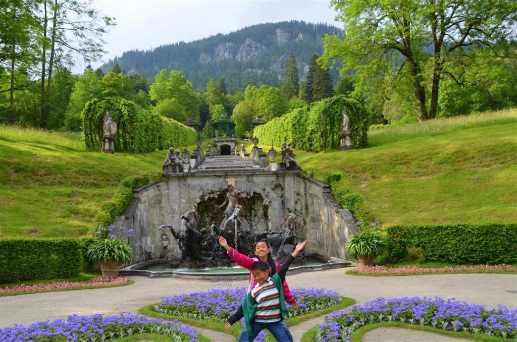 Linderhoff castle gardens