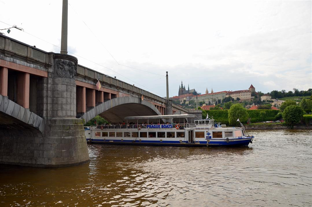 Prague river cruise Boats