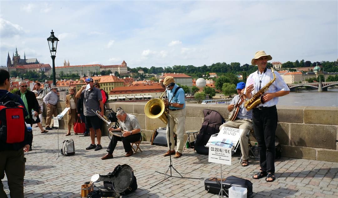 Charles Bridge band