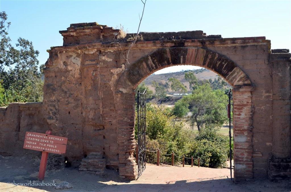 Mission San Luis Rey arch