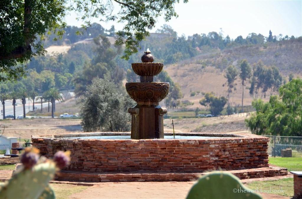 Mission san Luis rey fountain